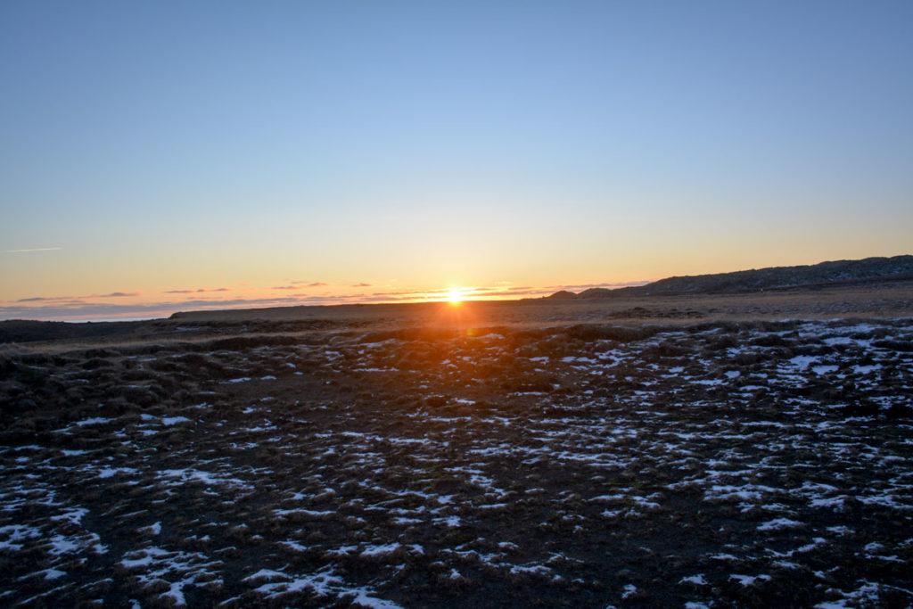 Sonnenuntergang an der Küste von Snaefellsness, Island © Marcel Gluschak